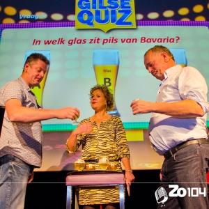 Gerard de Vaan en Geert van den Ouweland tegenover elkaar in de Gilse Quiz van 19 okt. 2014.