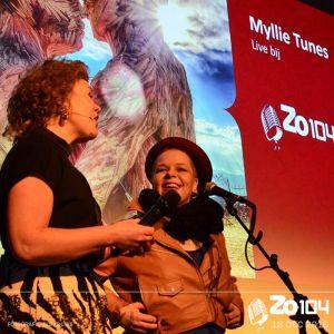 Millie Tunes bij Zo104 op 18 december 2016.